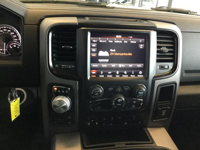 2018 Ram 1500 Crew Cab 4x4, Pickup #JS197688 - photo 20