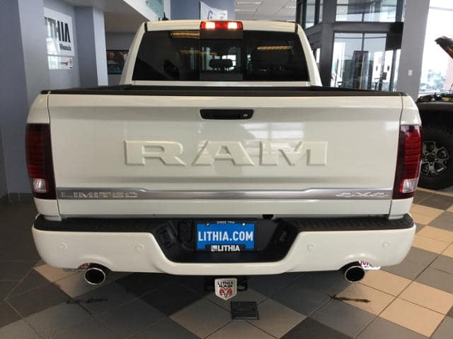 2018 Ram 1500 Crew Cab 4x4, Pickup #JS224057 - photo 13