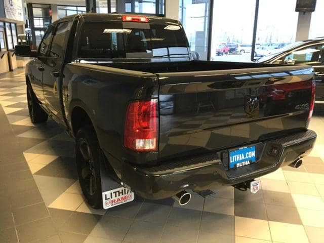 2018 Ram 1500 Crew Cab 4x4, Pickup #JS232842 - photo 16
