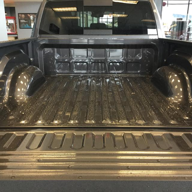 2018 Ram 1500 Crew Cab 4x4, Pickup #JS254486 - photo 11