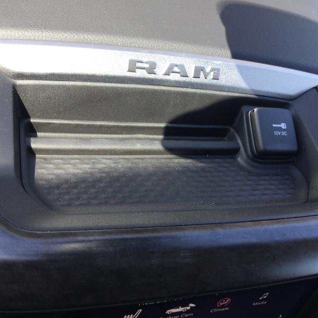 2019 Ram 1500 Crew Cab 4x4, Pickup #KN525709 - photo 22