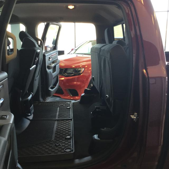 2019 Ram 1500 Crew Cab 4x4, Pickup #KN525709 - photo 38