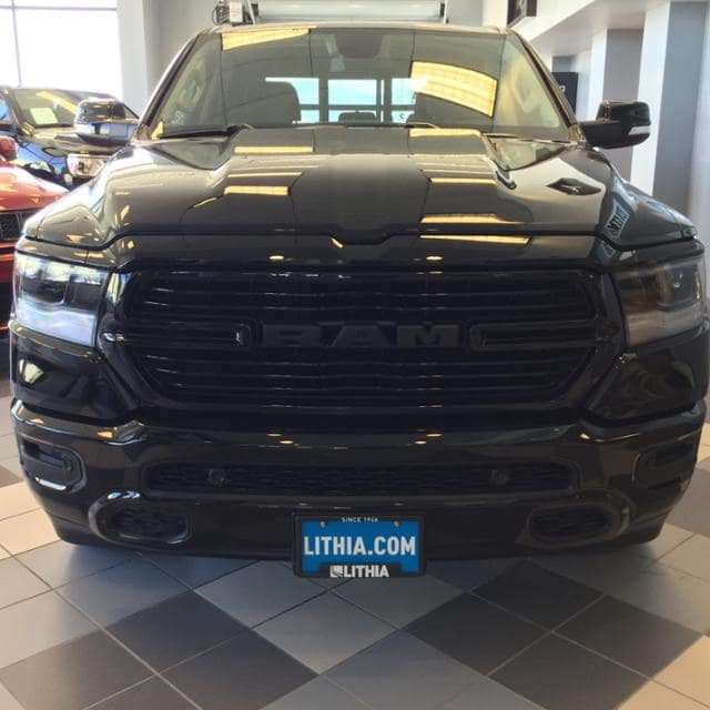 2019 Ram 1500 Crew Cab 4x4,  Pickup #KN606711 - photo 3