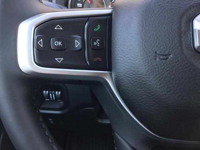 2019 Ram 1500 Crew Cab 4x4,  Pickup #KN622250 - photo 26