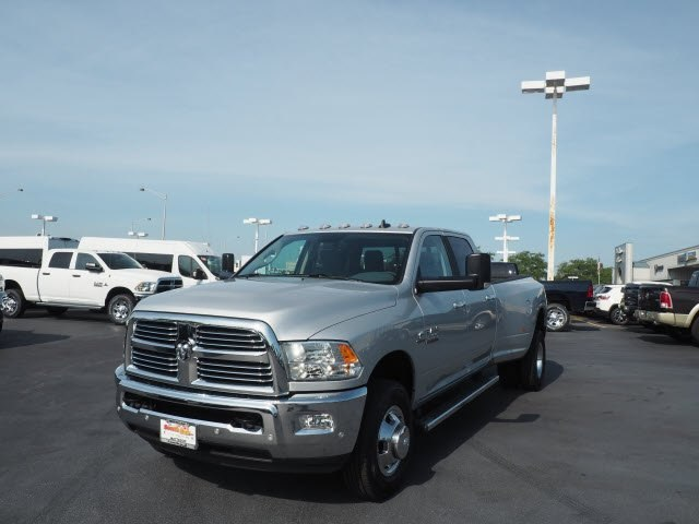 2017 Ram 3500 Crew Cab DRW 4x4 Pickup #RT17132 - photo 5