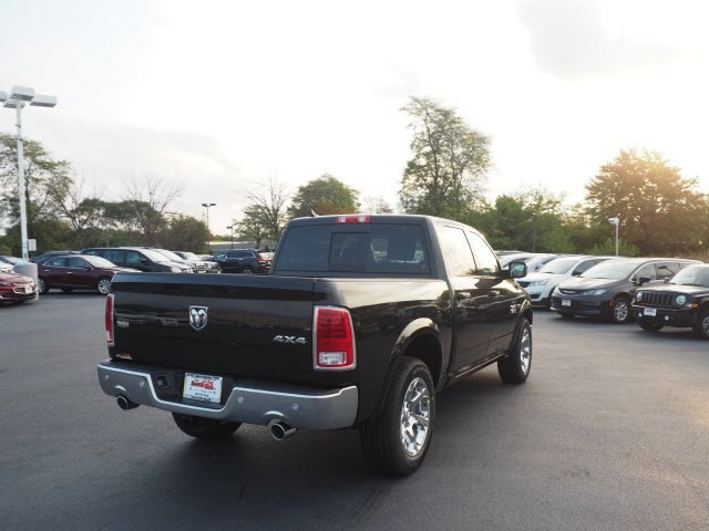 2018 Ram 1500 Crew Cab 4x4, Pickup #RT18032 - photo 11