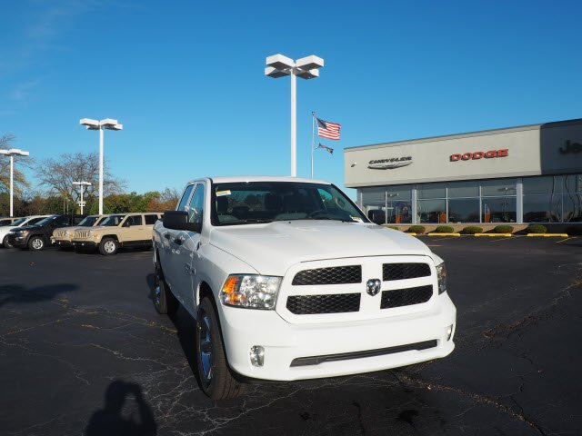 2018 Ram 1500 Quad Cab 4x4, Pickup #RT18037 - photo 3