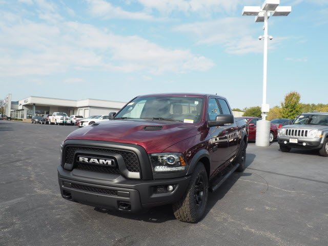 2018 Ram 1500 Crew Cab 4x4, Pickup #RT18049 - photo 5