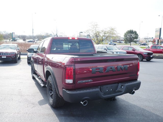 2018 Ram 1500 Crew Cab 4x4, Pickup #RT18049 - photo 9