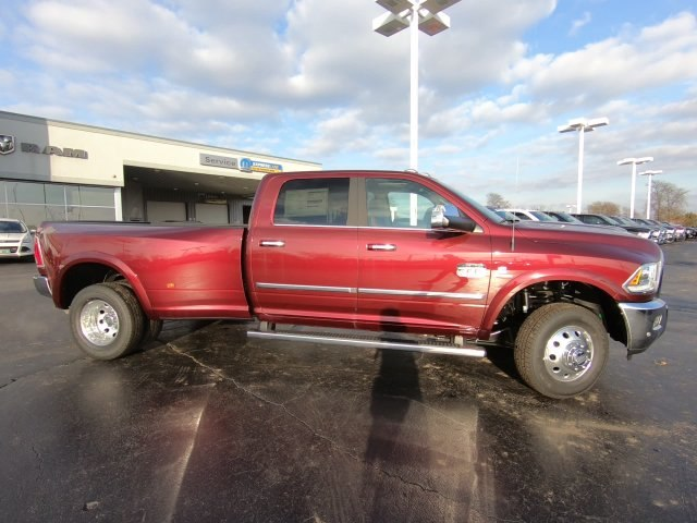 2018 Ram 3500 Crew Cab DRW 4x4,  Pickup #RT18144 - photo 3