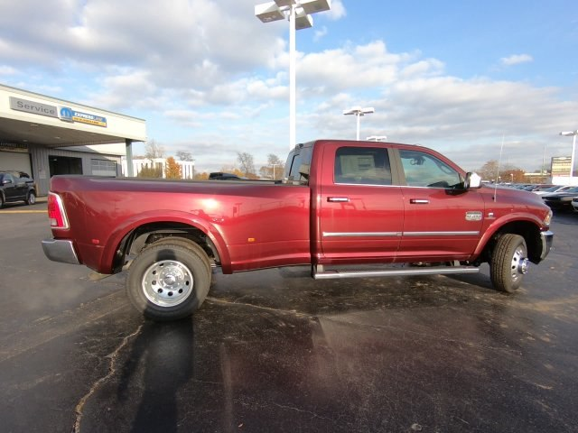 2018 Ram 3500 Crew Cab DRW 4x4,  Pickup #RT18144 - photo 4