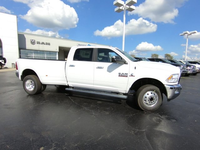 2018 Ram 3500 Crew Cab DRW 4x4,  Pickup #RT18151 - photo 3
