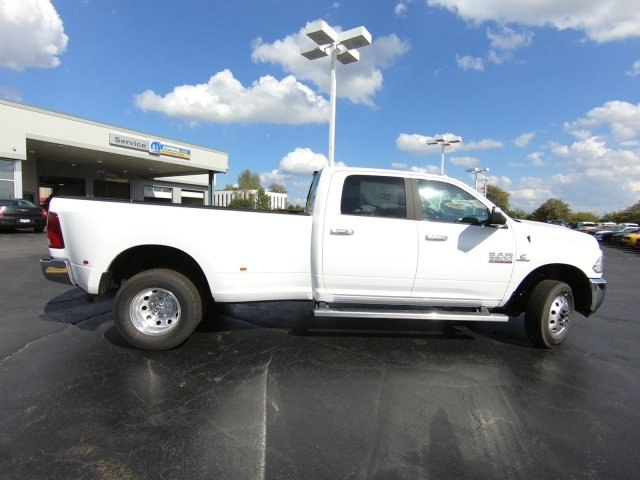 2018 Ram 3500 Crew Cab DRW 4x4,  Pickup #RT18151 - photo 4