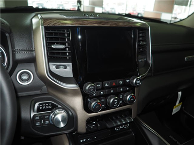 2019 Ram 1500 Crew Cab 4x4, Pickup #RT19004 - photo 15