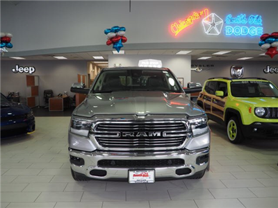 2019 Ram 1500 Crew Cab 4x4, Pickup #RT19004 - photo 3