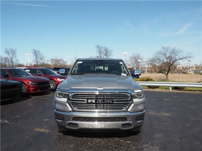 2019 Ram 1500 Crew Cab 4x4, Pickup #RT19008 - photo 3