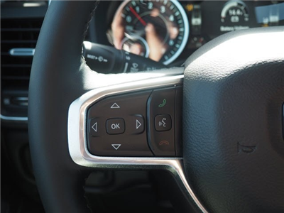 2019 Ram 1500 Crew Cab 4x4, Pickup #RT19008 - photo 21