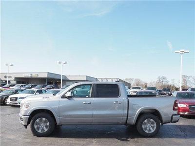 2019 Ram 1500 Crew Cab 4x4, Pickup #RT19008 - photo 4