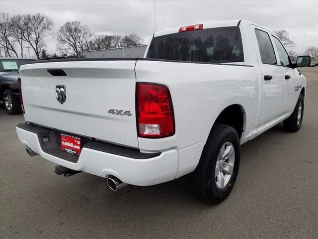 2017 Ram 1500 Crew Cab 4x4 Pickup #D17181 - photo 2