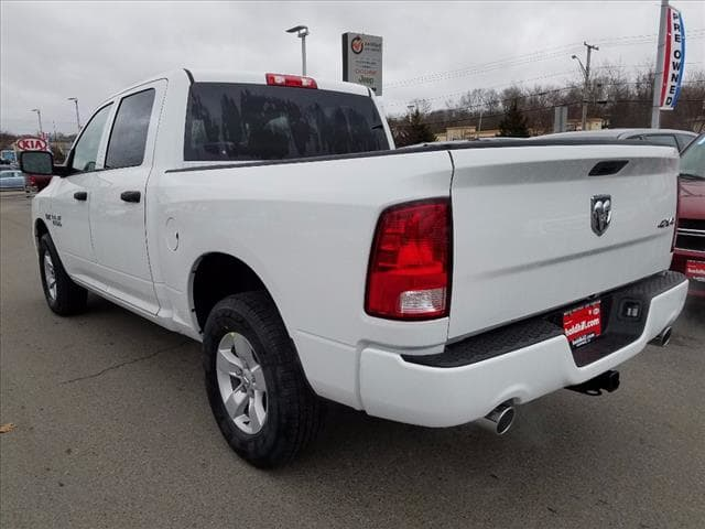 2017 Ram 1500 Crew Cab 4x4 Pickup #D17181 - photo 3