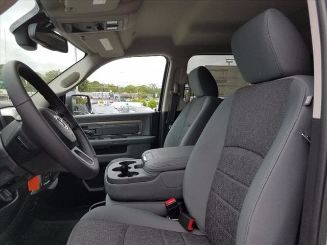 2017 Ram 1500 Crew Cab 4x4 Pickup #D17337 - photo 8