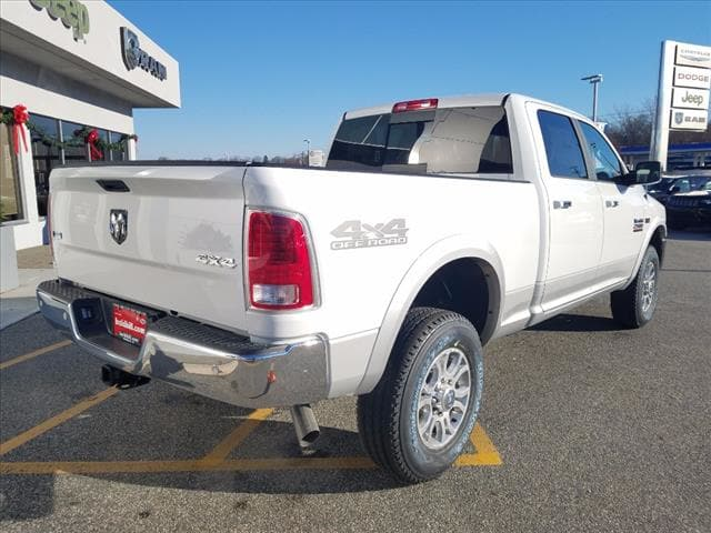 2018 Ram 2500 Crew Cab 4x4, Pickup #D18136 - photo 2