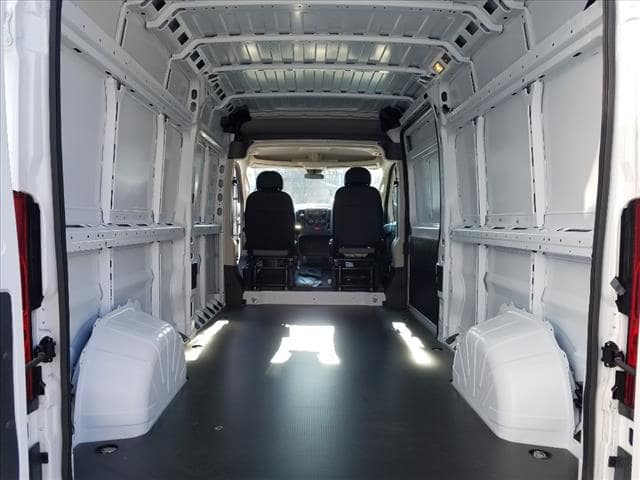 2018 ProMaster 2500 High Roof 4x2,  Empty Cargo Van #D18257 - photo 2