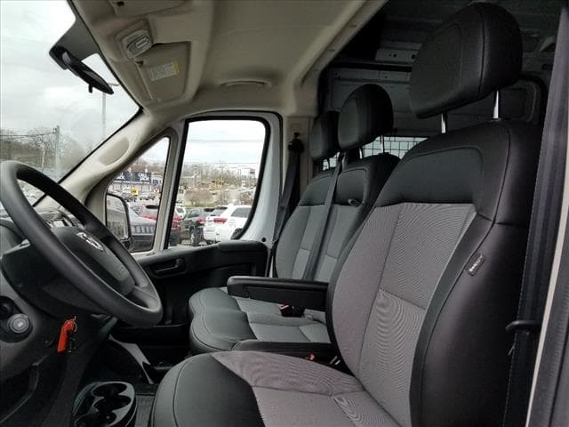 2018 ProMaster 2500 High Roof FWD,  Empty Cargo Van #D18276 - photo 9