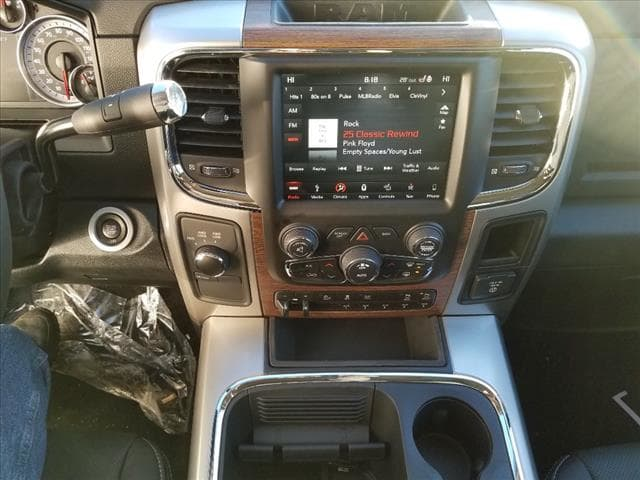 2018 Ram 2500 Crew Cab 4x4, Pickup #SD18155 - photo 7