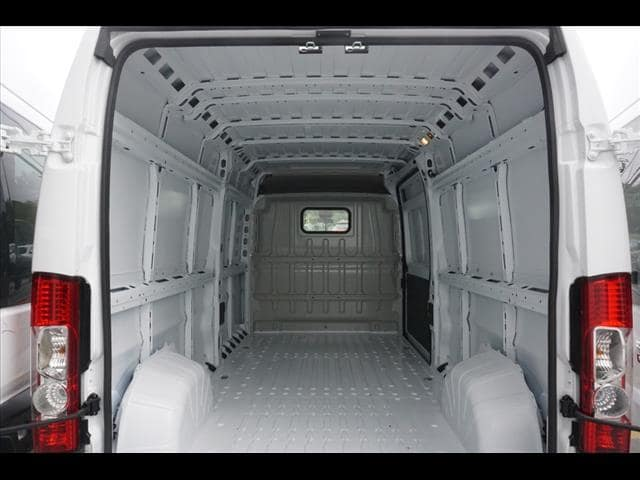 2018 ProMaster 2500 High Roof FWD,  Empty Cargo Van #SD18399 - photo 2