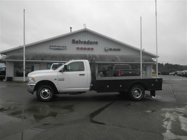 2016 Ram 3500 Regular Cab DRW 4x4, Knapheide Platform Body #N16392 - photo 3