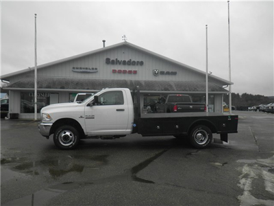 2016 Ram 3500 Regular Cab DRW 4x4, Knapheide PGNC Gooseneck Platform Body #N16392 - photo 3