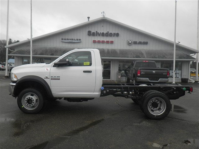 2017 Ram 5500 Regular Cab DRW 4x4, Cab Chassis #N17111 - photo 3