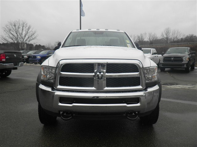 2017 Ram 5500 Regular Cab DRW 4x4, Cab Chassis #N17111 - photo 5
