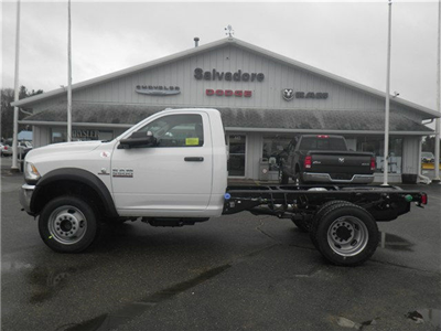 2017 Ram 5500 Regular Cab DRW 4x4 Cab Chassis #N17111 - photo 3