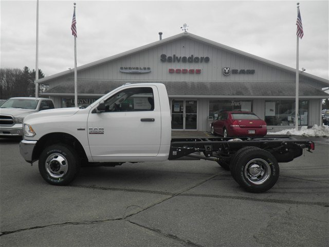2017 Ram 3500 Regular Cab DRW 4x4 Cab Chassis #N17168 - photo 3