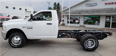 2017 Ram 3500 Regular Cab DRW 4x4, Cab Chassis #N17182 - photo 3
