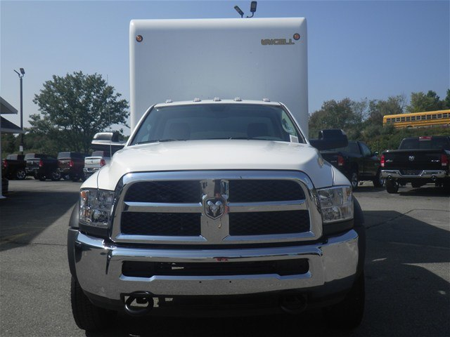 2017 Ram 5500 Regular Cab DRW, Unicell Dry Freight #N17291 - photo 5