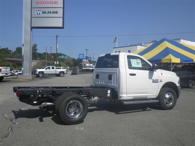 2017 Ram 3500 Regular Cab DRW 4x4,  Cab Chassis #N17304 - photo 4
