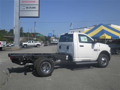 2017 Ram 3500 Regular Cab DRW 4x4 Cab Chassis #N17304 - photo 4