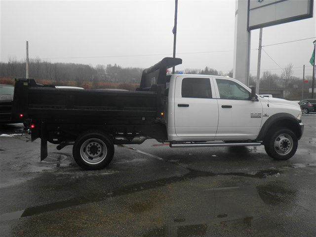 2017 Ram 5500 Crew Cab DRW 4x4, Dump Body #N17333 - photo 4