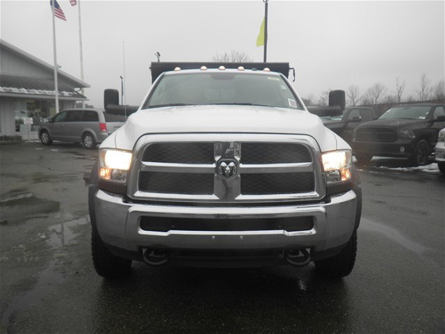 2017 Ram 5500 Crew Cab DRW 4x4, Dump Body #N17333 - photo 5