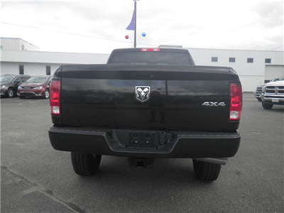2018 Ram 2500 Crew Cab 4x4 Pickup #N18017 - photo 4