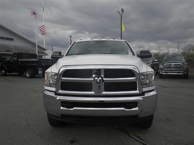 2018 Ram 3500 Crew Cab 4x4, Pickup #N18027 - photo 5