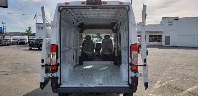 2018 ProMaster 2500 High Roof, Cargo Van #N18134 - photo 2