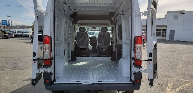 2018 ProMaster 2500 High Roof FWD,  Empty Cargo Van #N18136 - photo 9