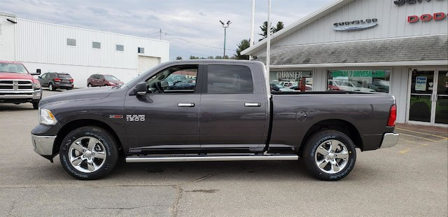 2018 Ram 1500 Crew Cab 4x4,  Pickup #N18159 - photo 3