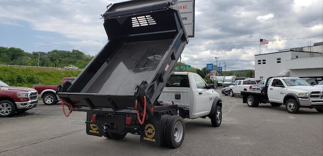 2018 Ram 5500 Regular Cab DRW 4x4,  Reading Marauder Standard Duty Dump Body #N18163 - photo 7