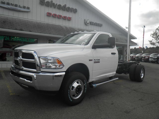 2018 Ram 3500 Regular Cab DRW 4x4,  Cab Chassis #N18237 - photo 1