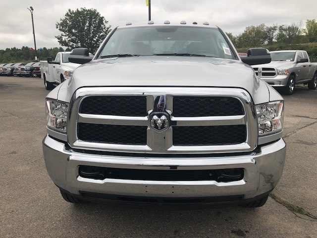 2018 Ram 3500 Crew Cab 4x4,  Pickup #N18275 - photo 3